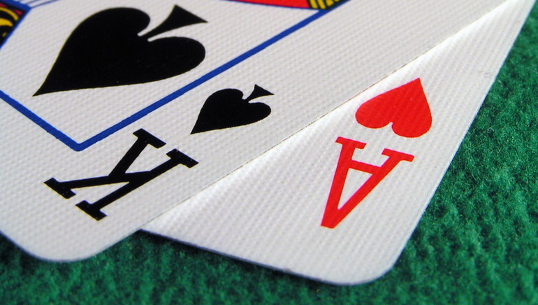 Play Blackjack Surrender Online at Casino.com India